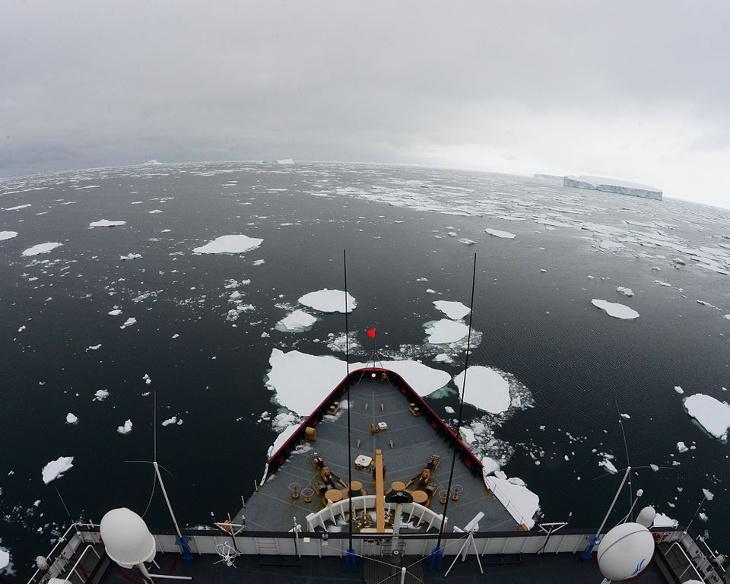 brise-glacelourd polar star arctique