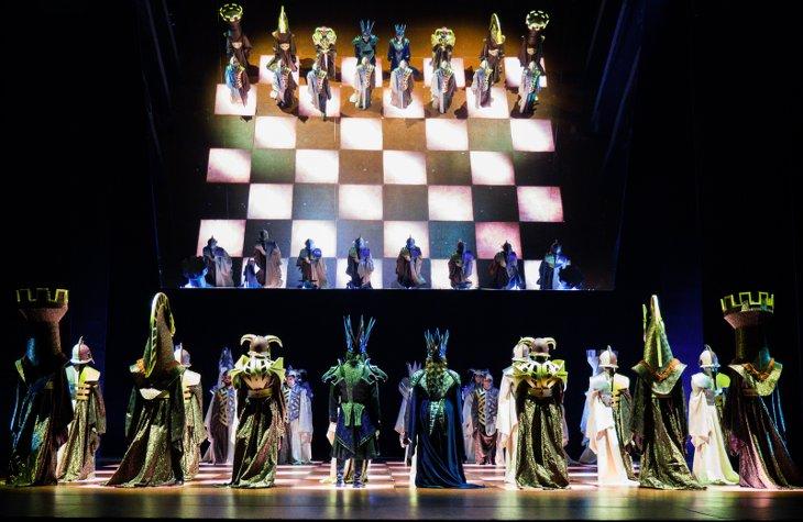 mise en scène macbeth théâtre Verdi