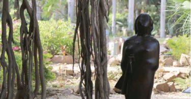 sculpture Umm Kulthum, d'Adam Henein