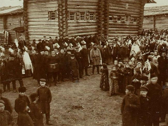 fête village Russie Travail