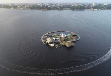 île flottante Abidjan hôtel