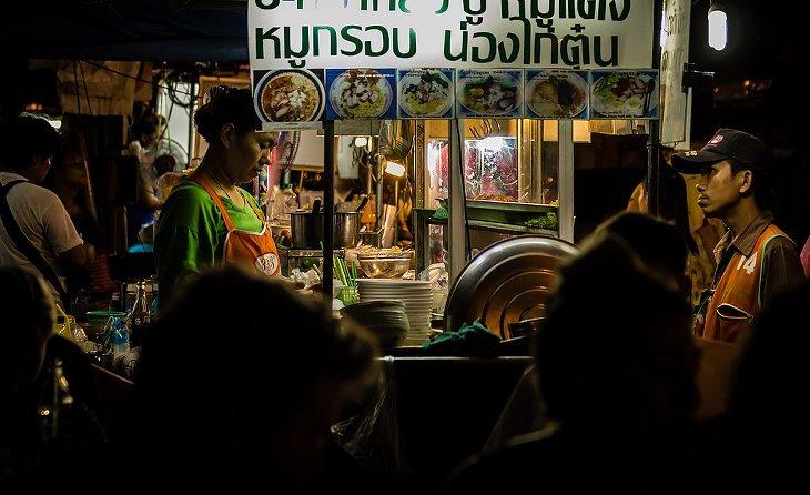 Bangkokg street food menacée sand